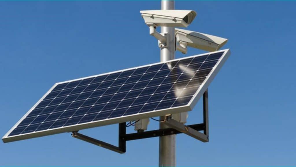 Solar-Powered-Security-Cameras