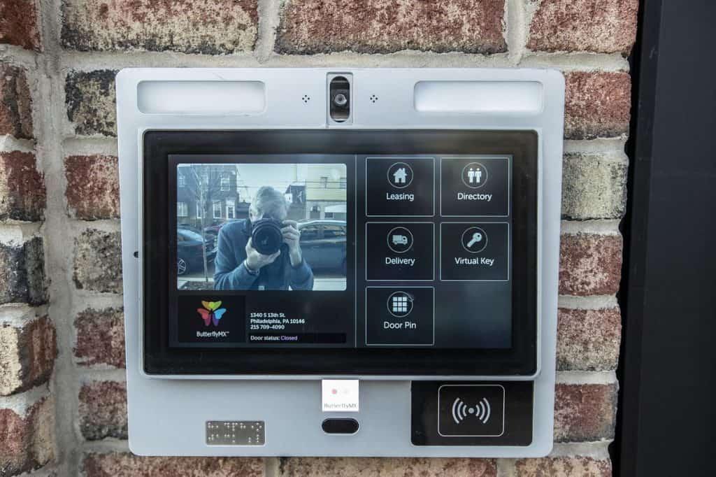 outdoor video intercom installation